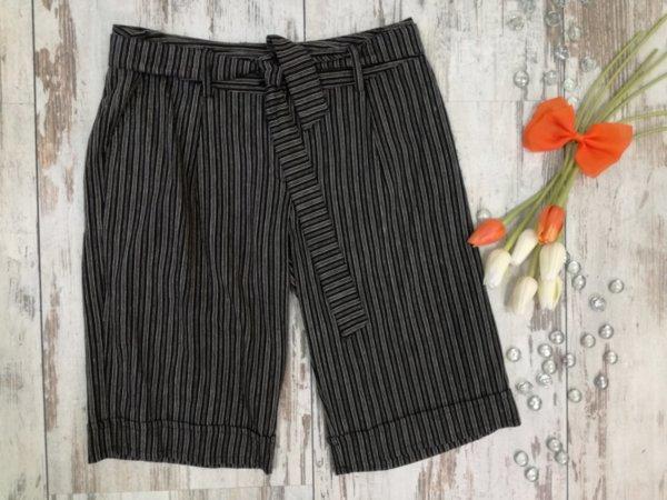 Дамски къси панталонки с колан